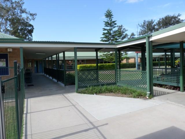 De klaslokalen van school.